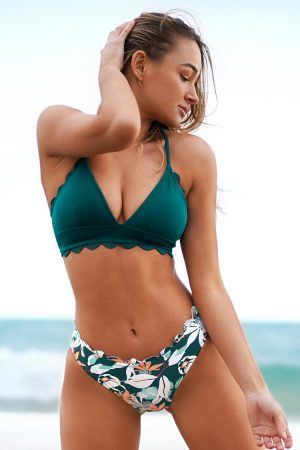 Scalloped Edge V-Neck Printed Bottom Bikini